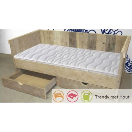 New Steigerhouten bed #MH95