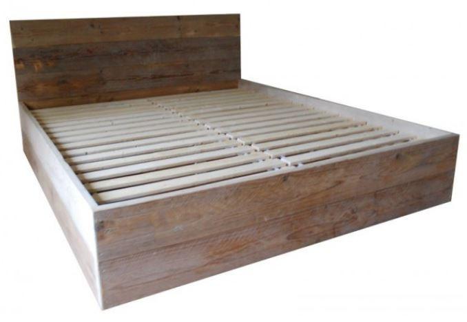 Steigerhouten bed maud trendy met hout